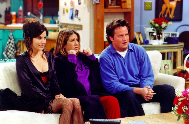"UNDATED PHOTO:  Actors Courteney Cox Arquette (L), Jennifer Aniston (C) and Matthew Perry are shown in a scene from the NBC series ""Friends"". The series received 11 Emmy nominations, including outstanding comedy series, by the Academy of Television Arts and Sciences July 18, 2002 in Los Angeles, California.  (Photo by Warner Bros. Television/Getty Images)"